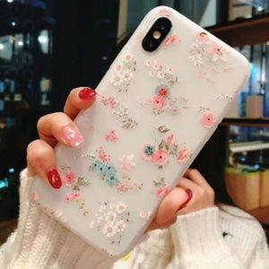 NEW iPhone X/XS Floral Case